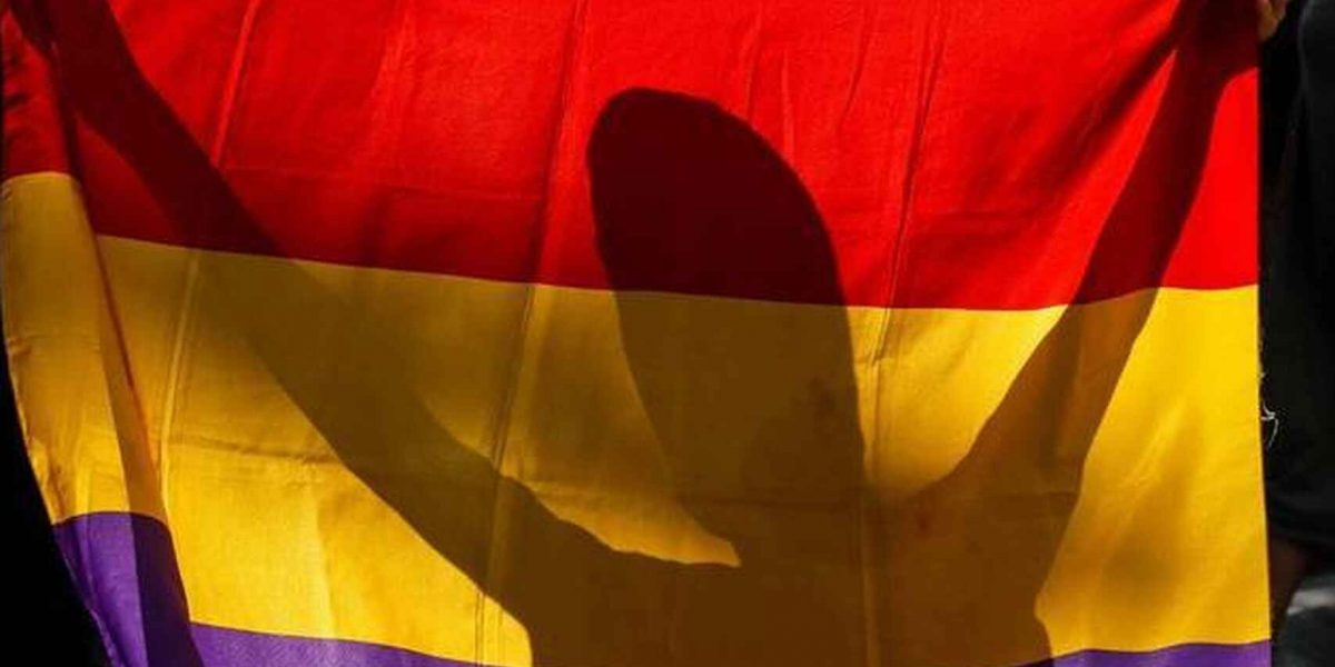 Opinion-Monarquia-Republica-Juan_Carlos_I-Nacionalismo-Tribunas_514209831_158008451_1706x960